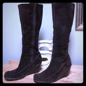 Aerosoles Dark Brown Suede Boots - size 8